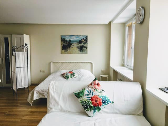 COMPLETELY NEW apartment in the CENTRAL SQUARE