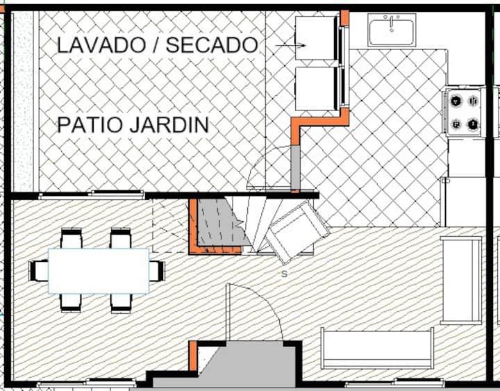 Habitaciones en casa cerca al Hospital de Calderón