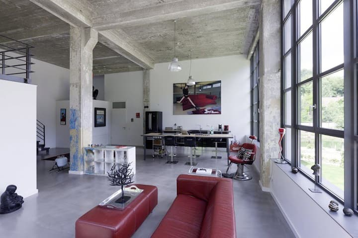 Extraordinary Loft 160 m2 for 5