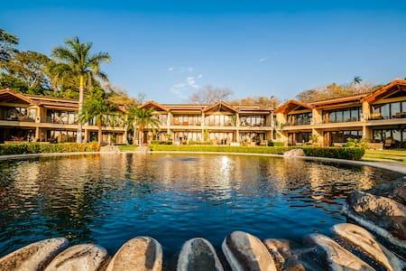 The Palms #14: 115291 - Villa