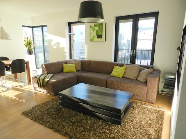 Stunning bright apartment downtown - Rotterdam - Daire