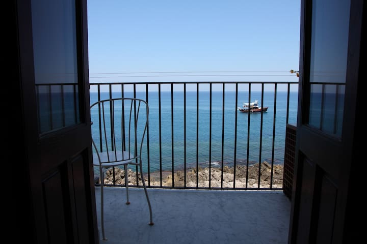 Stunning sea view apartment with balcony