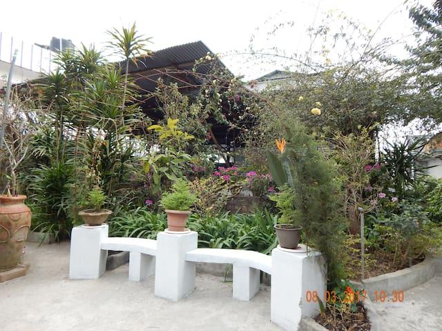 Penthouse midst of verdant settings - Shillong, Meghalaya, IN - House