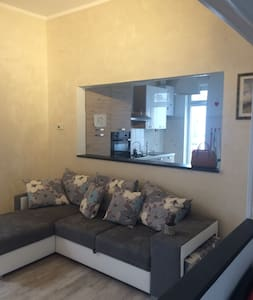 Appartamento luminoso nel cuore dei Portici - Chiavari - 公寓