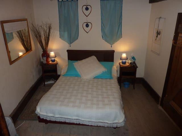 La Maison de Leontine - Aubazine - Bed & Breakfast