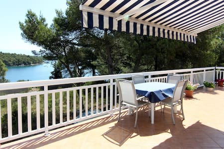 Luxurious Beach Villa Amphora - Vrboska - Villa