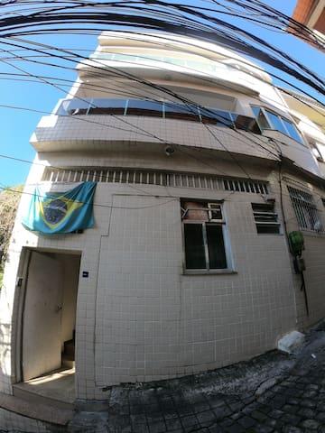 Mana Lounge - Quarto Equador
