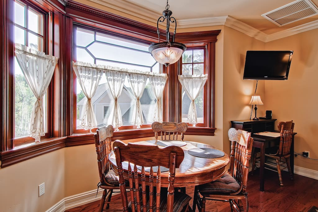 Dining Area with Amazing views