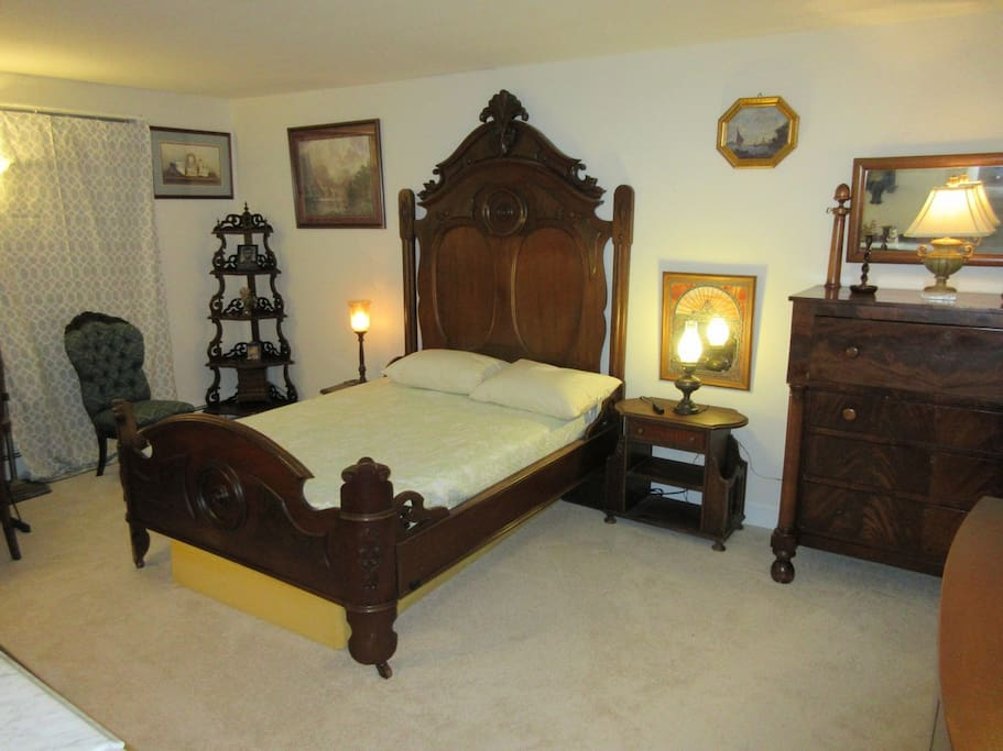 Could this be Lincoln's bed?