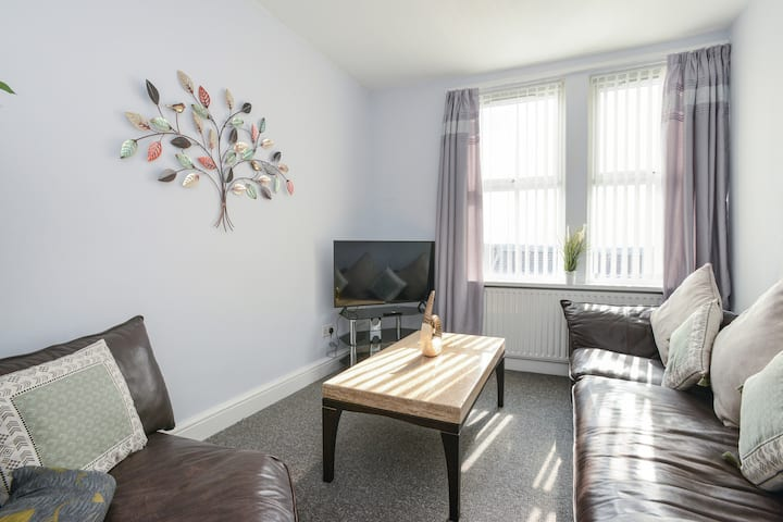 Woodborough Apartments, Apartment 2, Free Parking