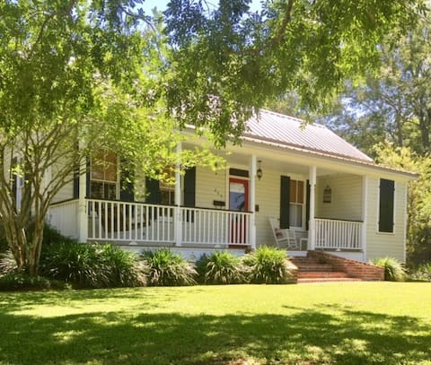 Ponchatoula Historic Home away from Home