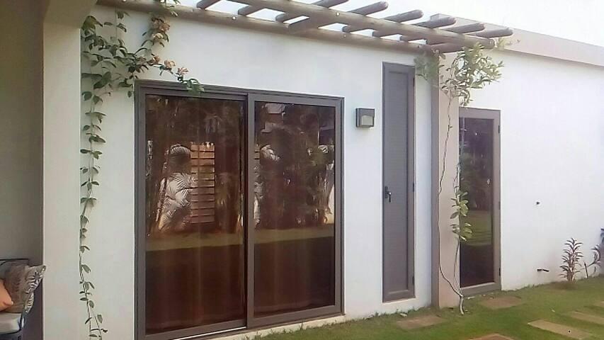 Private room near the beach - Flic en Flac - House