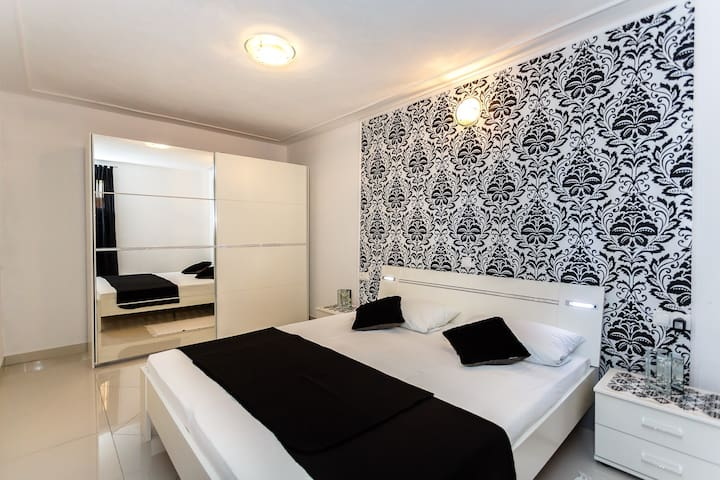 New and very modern apartment! - Malinska - Villa
