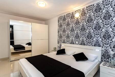 Neu und modernes Appartement ! - Malinska