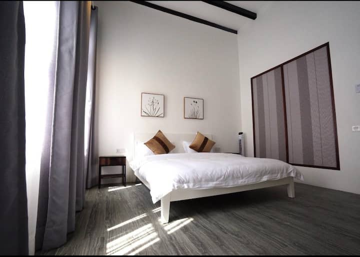 Ipoh Old Town Heritage Family Suite-6R4B -14-18pax