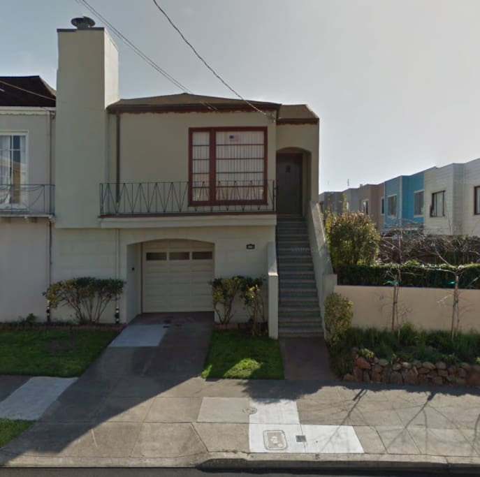 The house is a classic 1939 Outer Sunset home