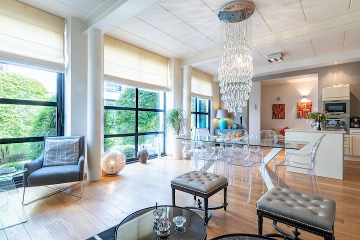 Rooftop Duplex Residence - Brussels Uccle