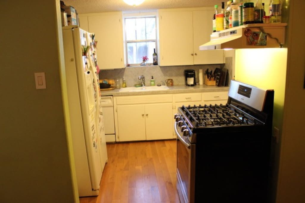 Rental includes shared space with a microwave, refrigerator and new oven.