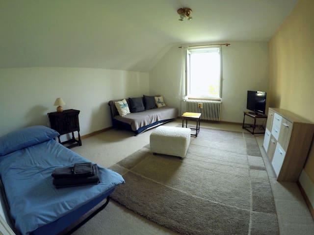 kleine 2 Zimmer Wohnung - Dornach - Wohnung