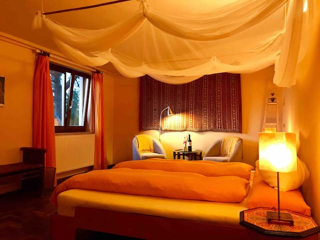 Room in Veggie-Guesthouse with Yoga Studio