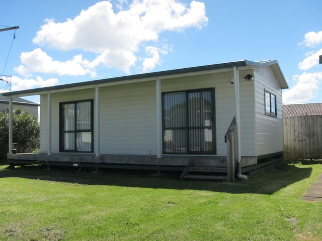 Your Private Pad in Close Proximity to Airport - Auckland - Gæstehus
