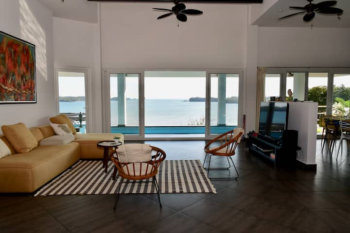Sand Dollar Villa by the sea at Boca Chica Panama