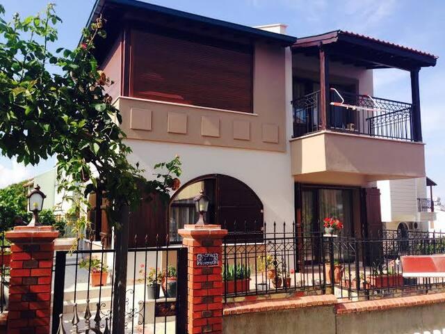 Peaceful Villa in Cunda ( Villa Beray) - Ayvalık,Cunda  - Villa