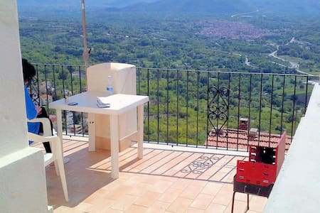 I Terrazzi, stunning house at 450mts, great view! - Roccacasale - House