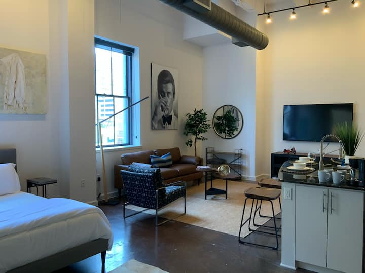 Opening Discount! Stylish loft in ❤️ of DTWN FTW