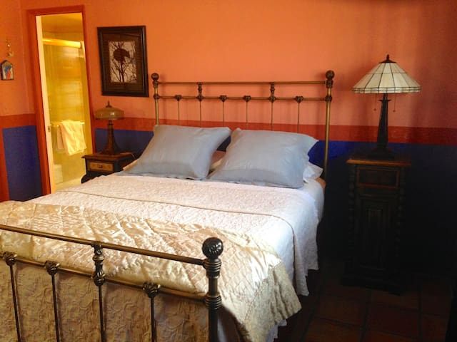 The Azure Gate: Sabino Room