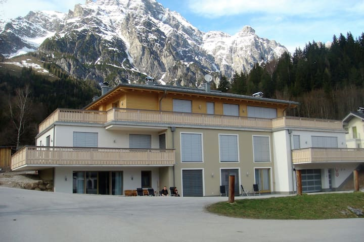 Luxurious Apartment with Sauna in Leogang Salzburg