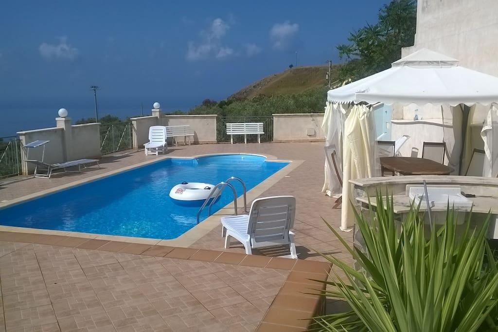Villetta vista mare con piscina - Suites parentales, ou similaires à louer à Amantea (CS ...