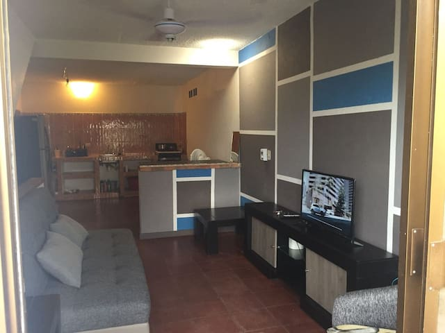 582 Fully Furnished Apartment, Near the Malecon