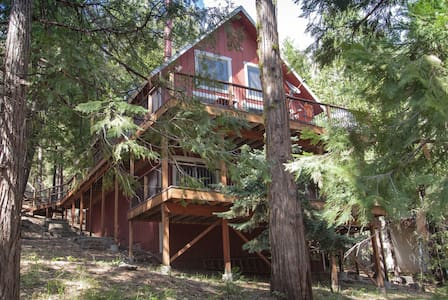 Nicks Cabin. Luxury rustic cabin near Dodge Ridge! - Long Barn