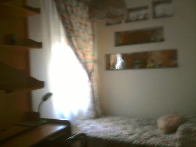 UNIVERSITY STUDENT´ROOM - Móstoles - House
