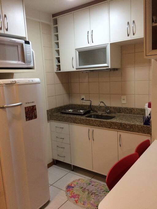 Cozinha completa / Full Kitchen
