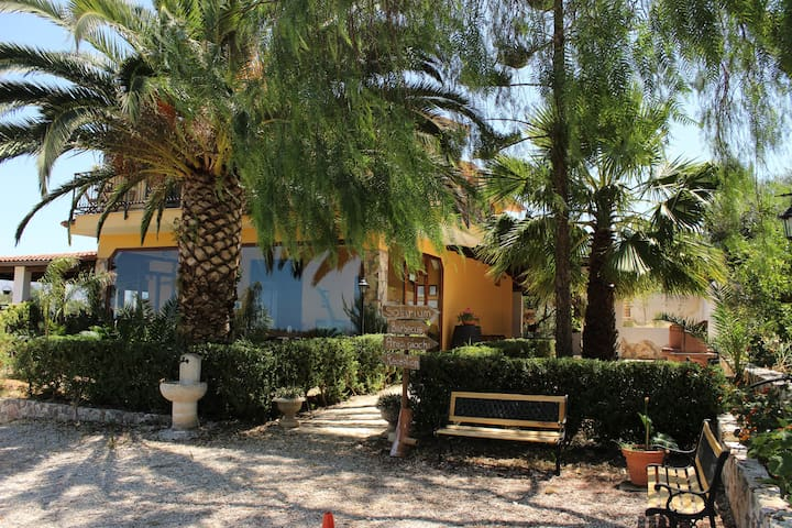 Torre di Cicala bed and breakfast - Partinico - Bed & Breakfast