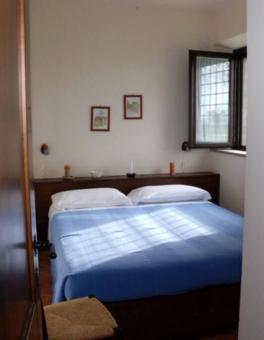 una stanza da letto