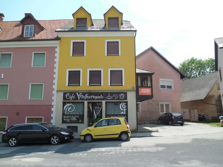 Cafe Vielharmonie Apartmenthaus