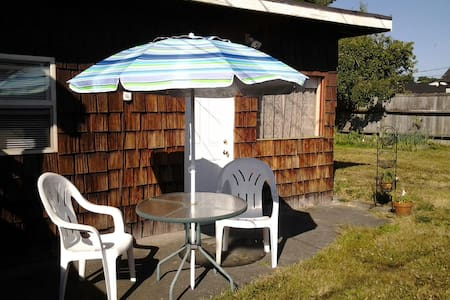 Clean, quiet, cozy, stdio-near ONP - Port Angeles