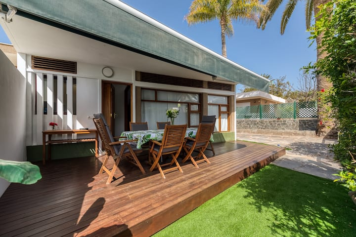 THE FOUR LEAF CLOVER VILLA,Close to the Beach,Pool