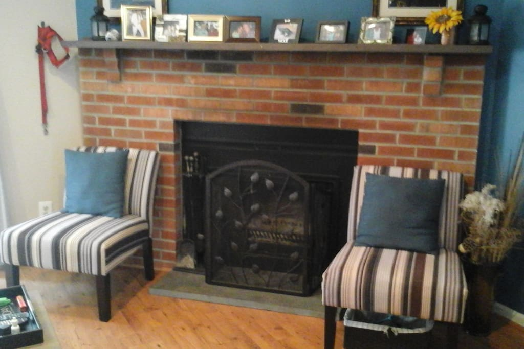 Living room fireplace and extra seating