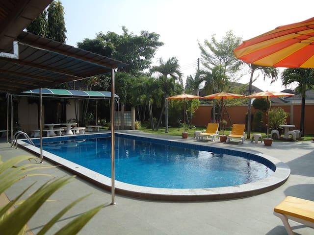 Lonops Paradise Pattaya/Thailand
