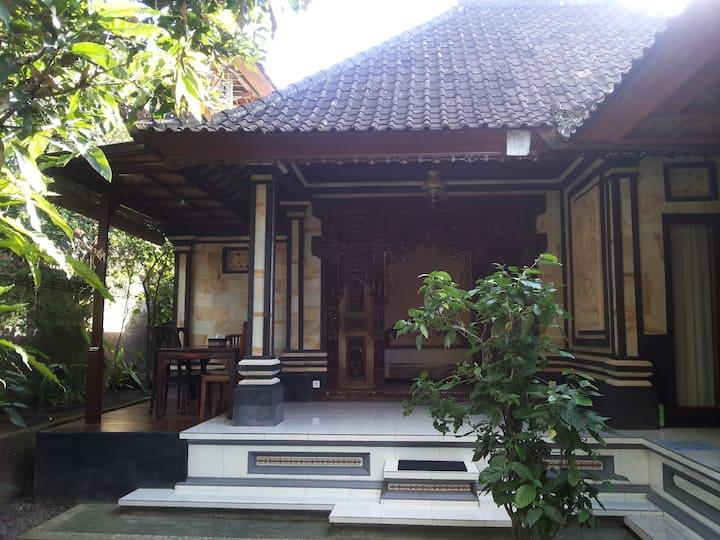 Rumah keluarga Bali homestay 2