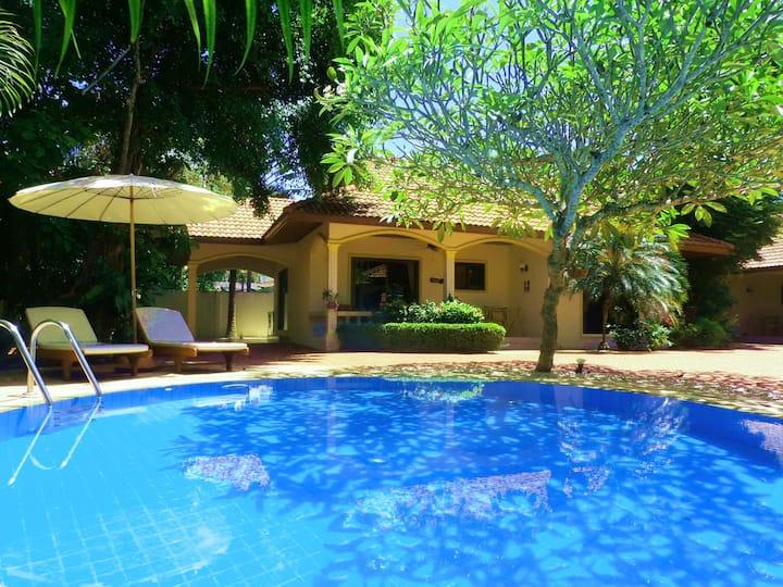 TROPICAL VIP COCONUT BEACH  2 Bedroom Pool Villa