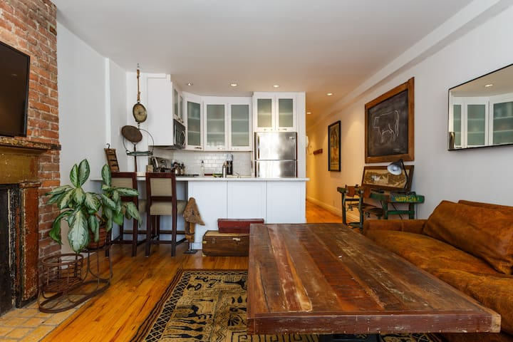 Large 1 Bedroom Apartment - SoHo / Nolita