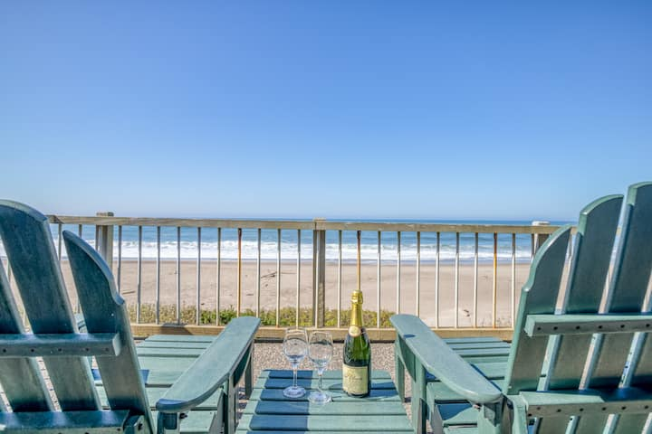 Ocean View Condo with Stunning Views, Club House, Pool, in Gated Community!
