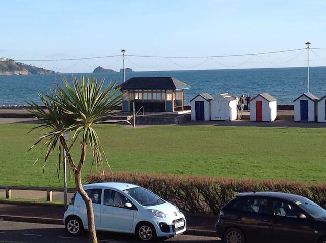 Beautiful beachside apartment with stunning views - Paignton - Byt