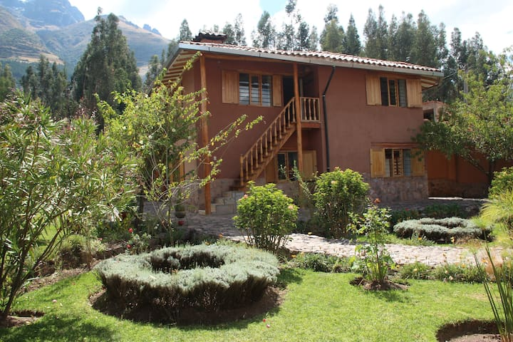 Small paradise in the sacred valley