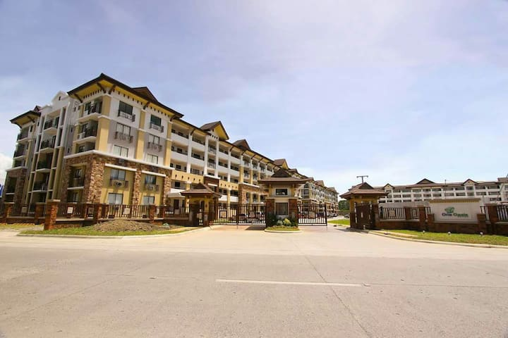 HFilinvest One oasis ecoland west drive Davao city